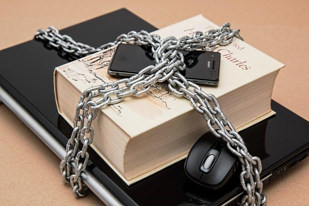 Derecho Mercantil. Asesoramiento a empresas y profesionales